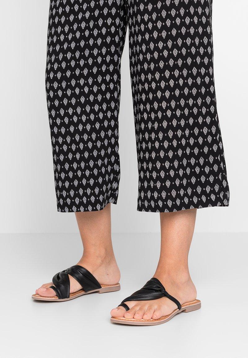 Gioseppo - FRIULI - T-bar sandals - black