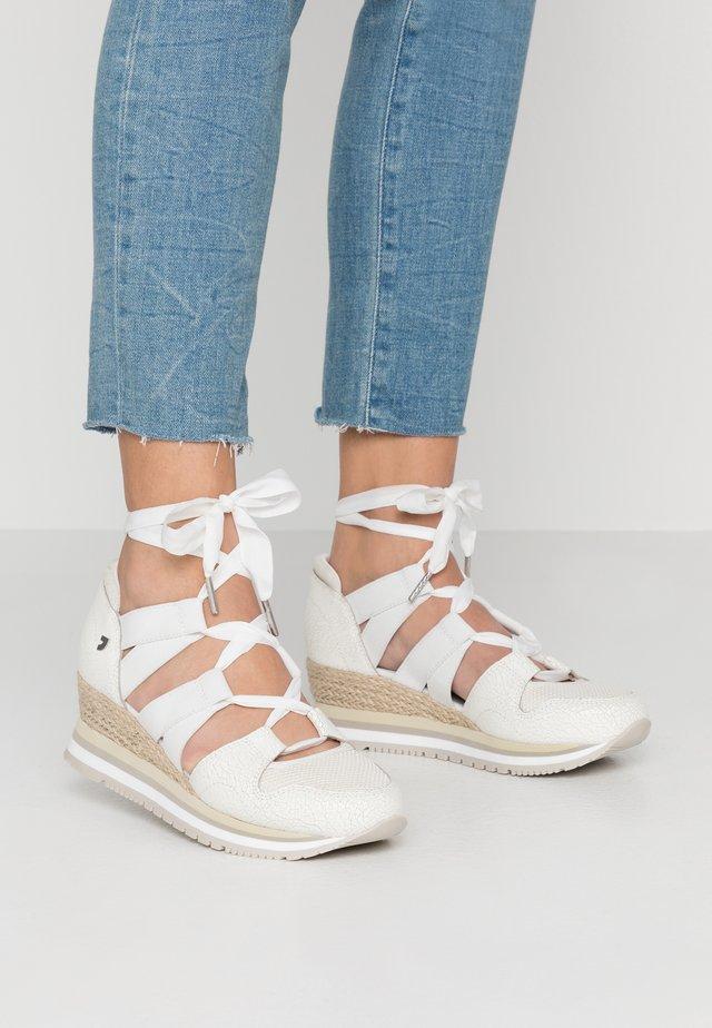 VICCHIO - Sneakers - white