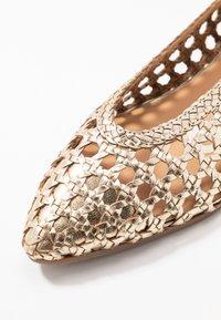 Gioseppo - ELKIN - Ballet pumps - gold - 2