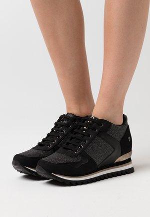 TELLER - Zapatillas - black