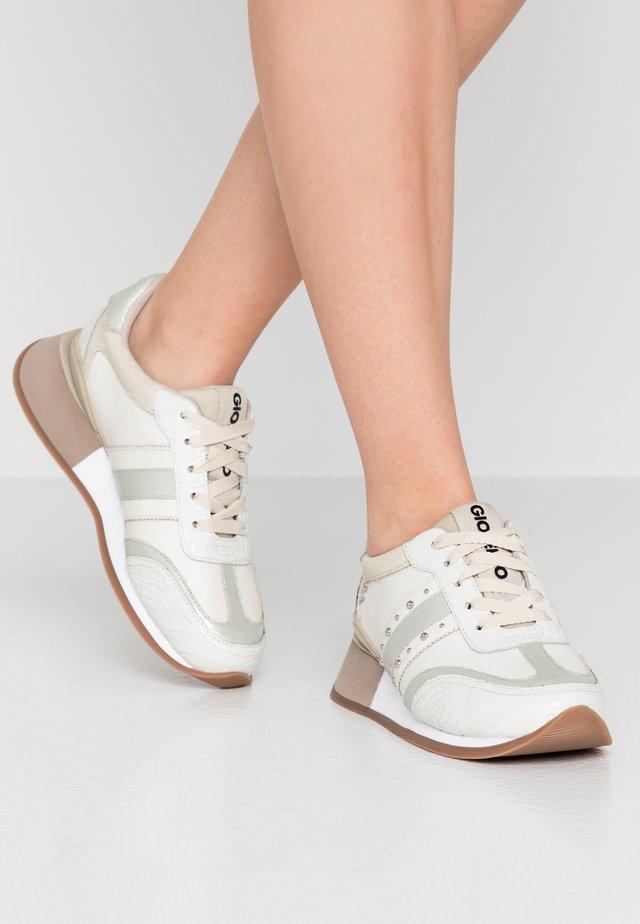 LANDAU - Sneakers - offwhite