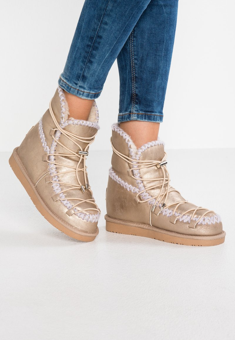 Gioseppo - Wedge Ankle Boots - oro