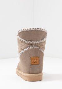 Gioseppo - Kotníkové boty na klínu - sand - 5