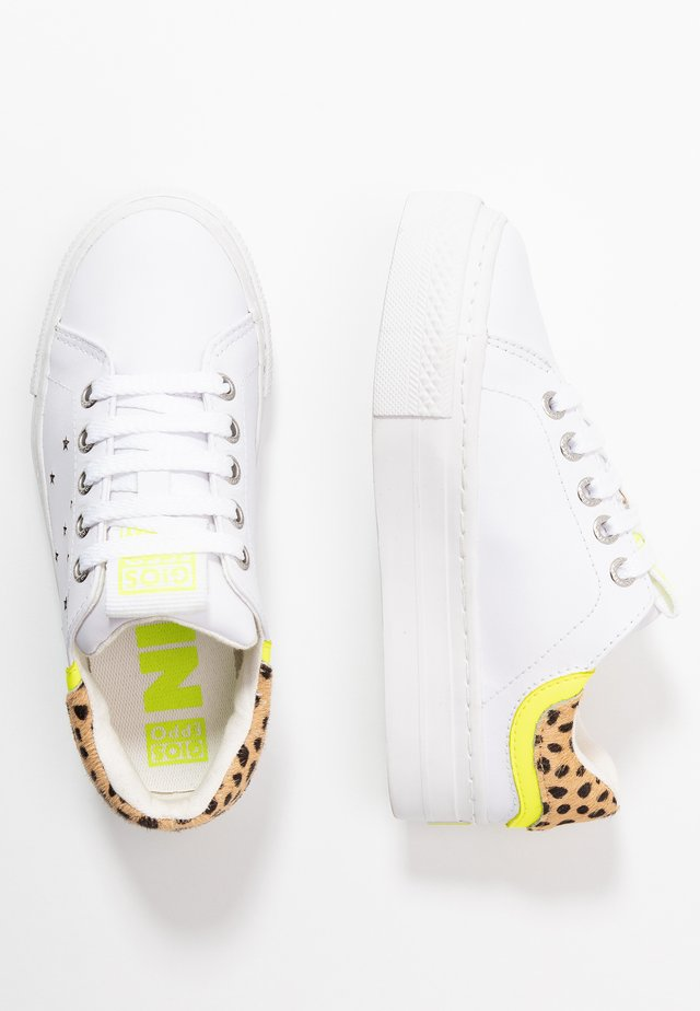 CLAYTON - Sneakers laag - white