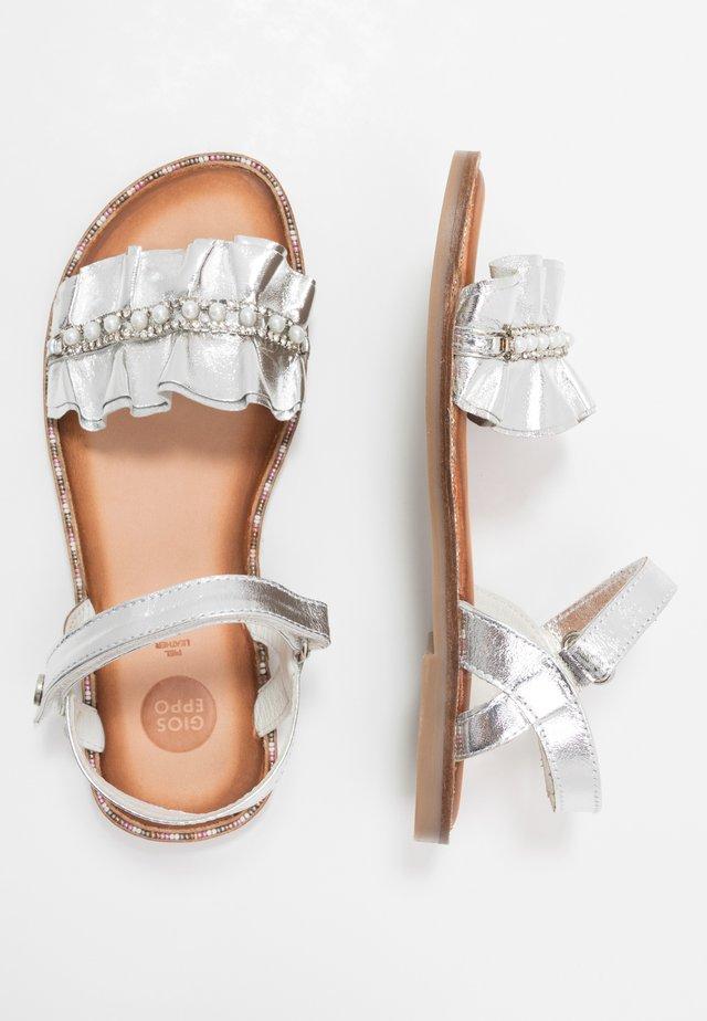 Sandali - plata