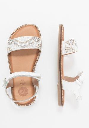 MALMAISON - Sandals - blanco