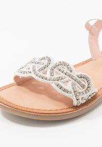 Gioseppo - Sandals - blanco - 2