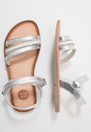 DERUSA - Sandals - plata