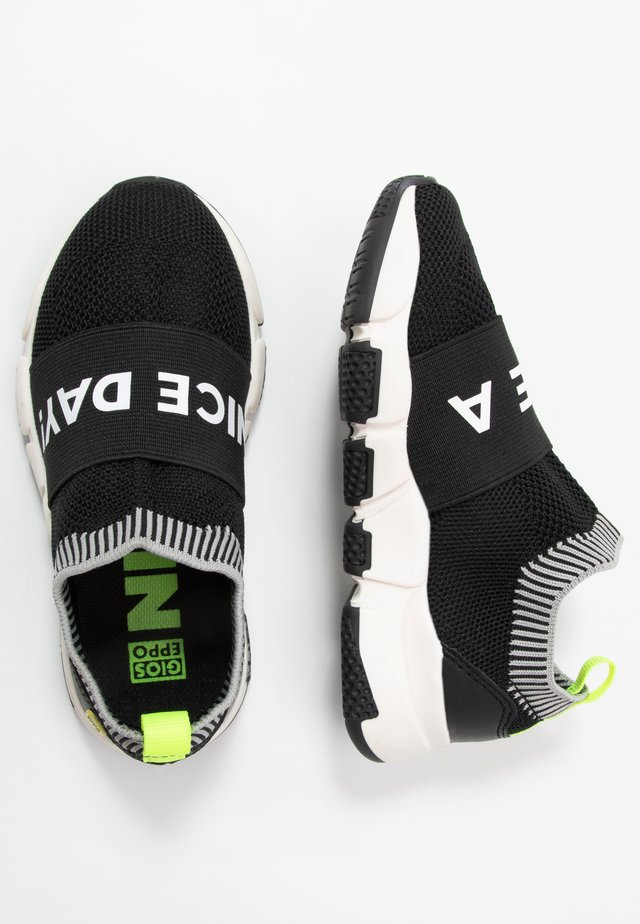 KOTA - Loafers - black