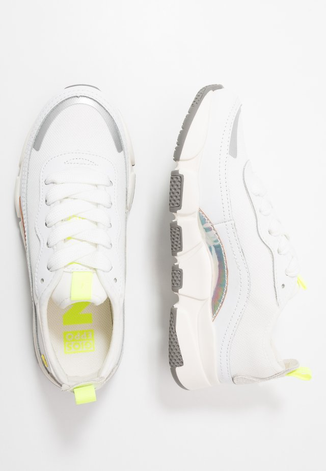 PUNE - Sneakers - white