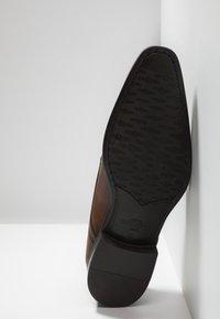 Giorgio 1958 - Smart slip-ons - cognac - 4