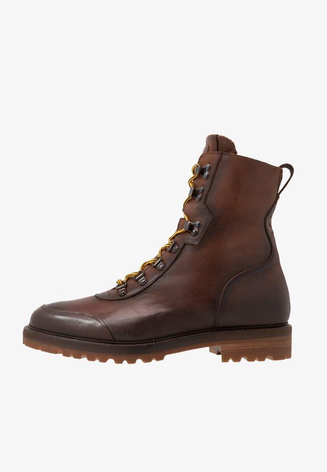 Lace-up ankle boots - ohio/castagno