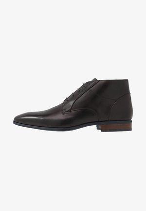 Elegantní šněrovací boty - scandicci/nero/marem