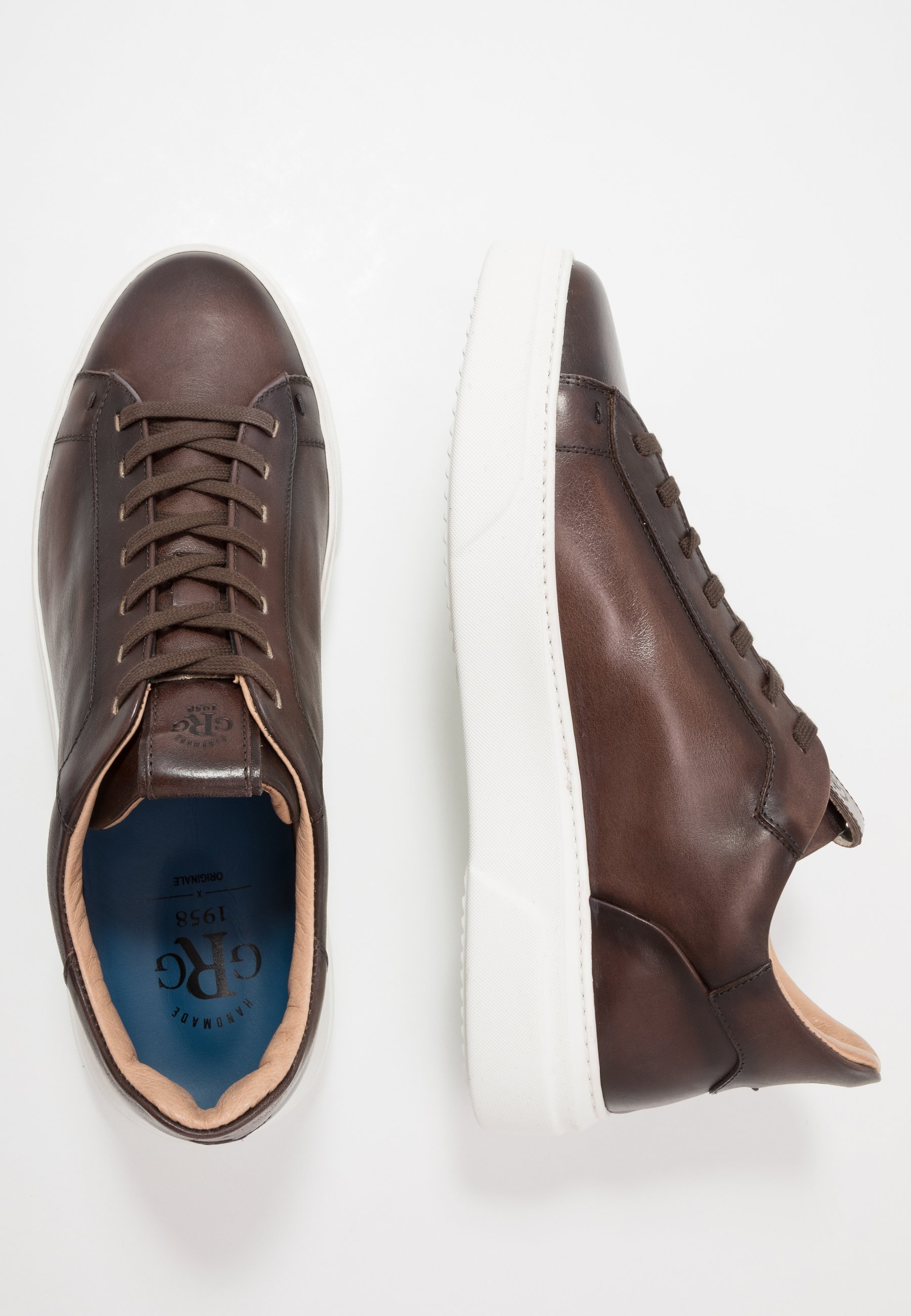 Sneakers laag caffe