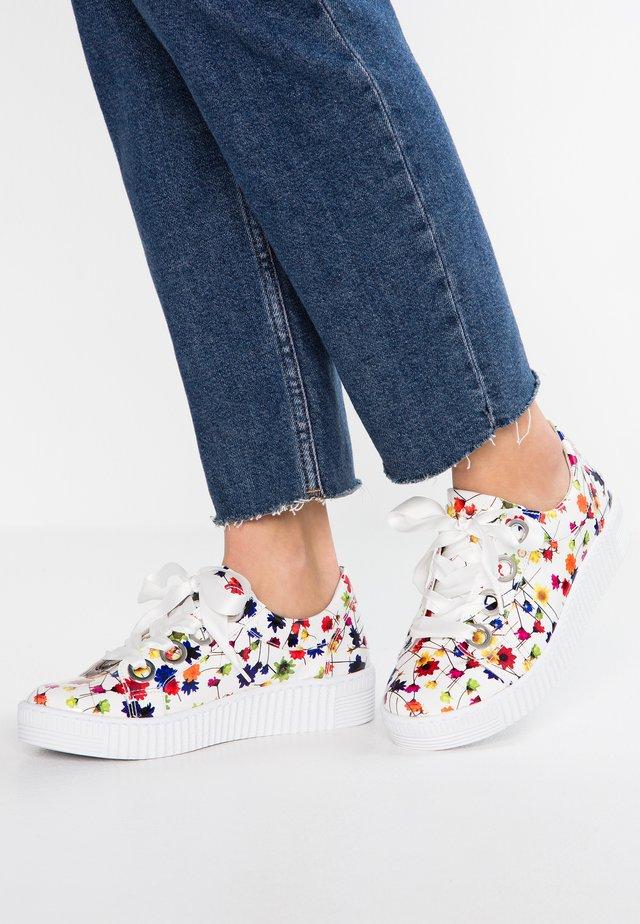 Sneakers laag - weiß/multicolor