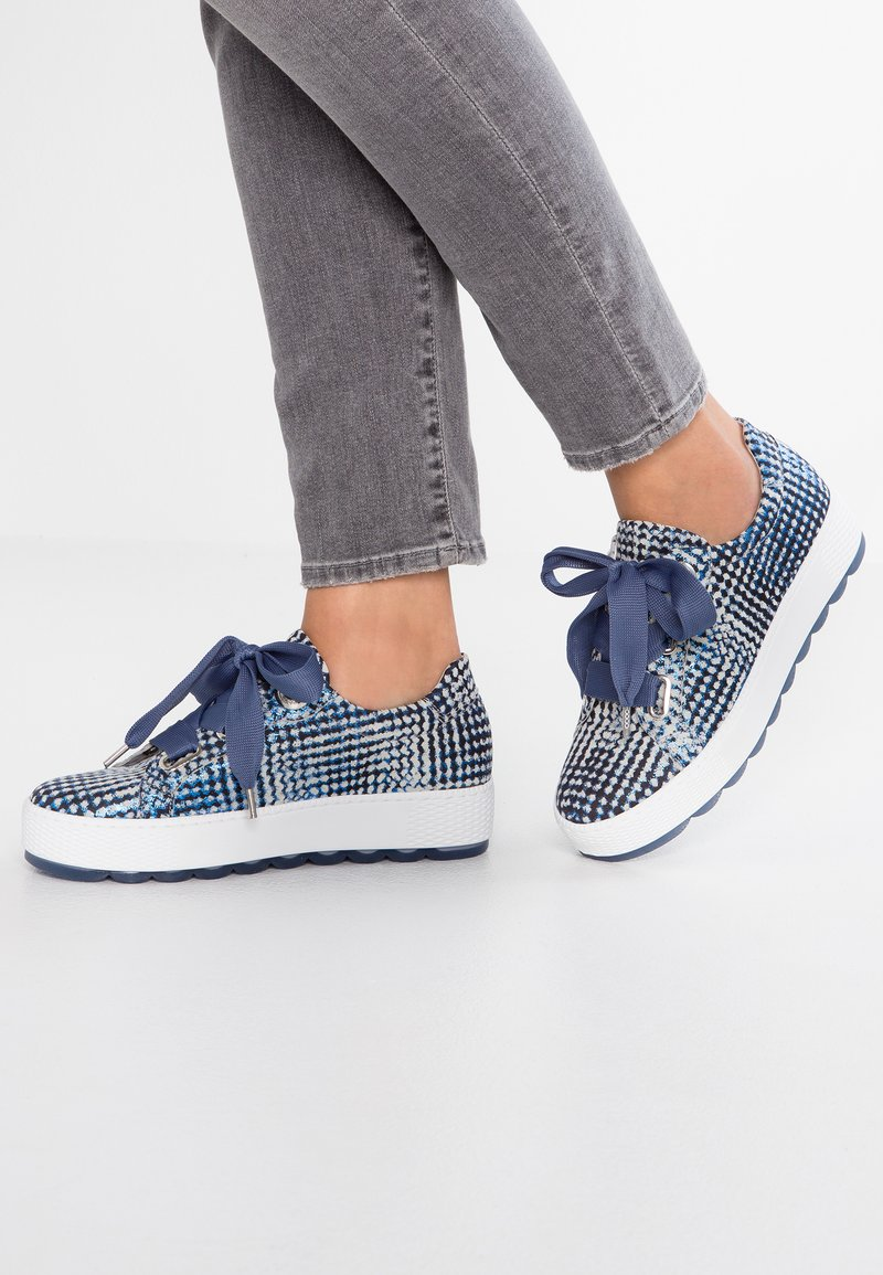 Gabor - WIDE FIT - Sneakers - blue