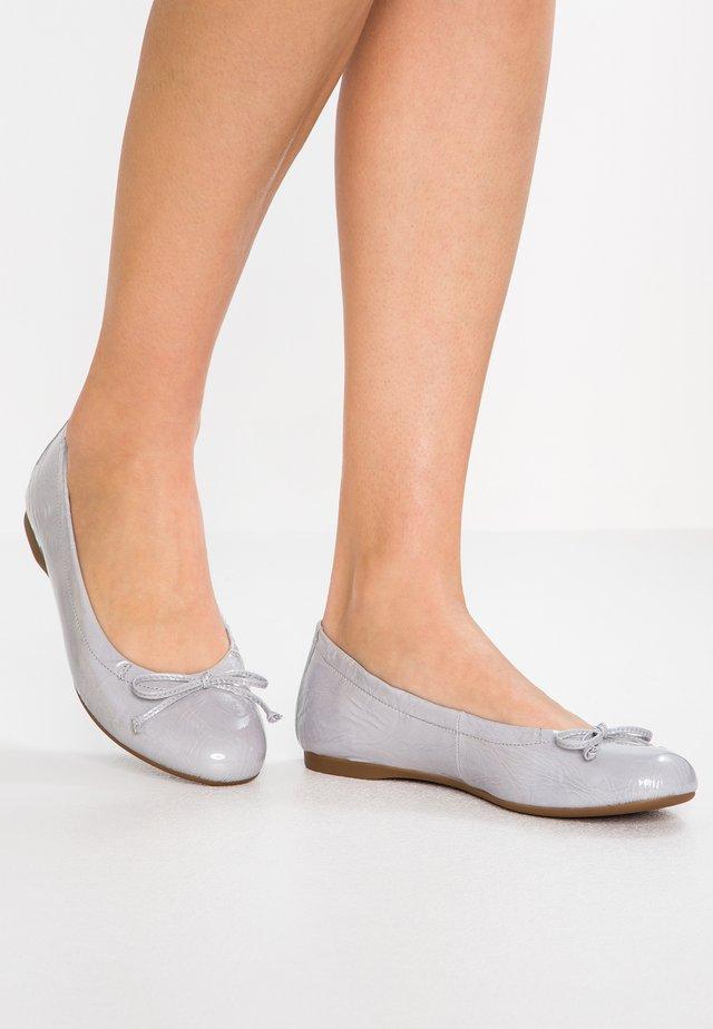Ballerina's - flieder