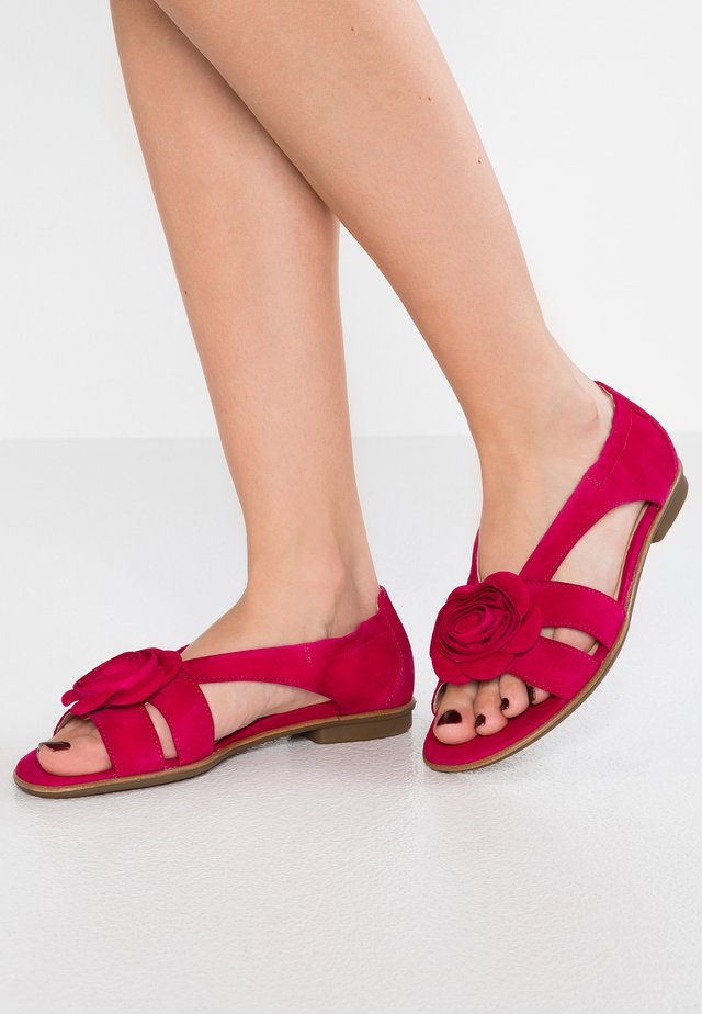 Sandały - fuxia