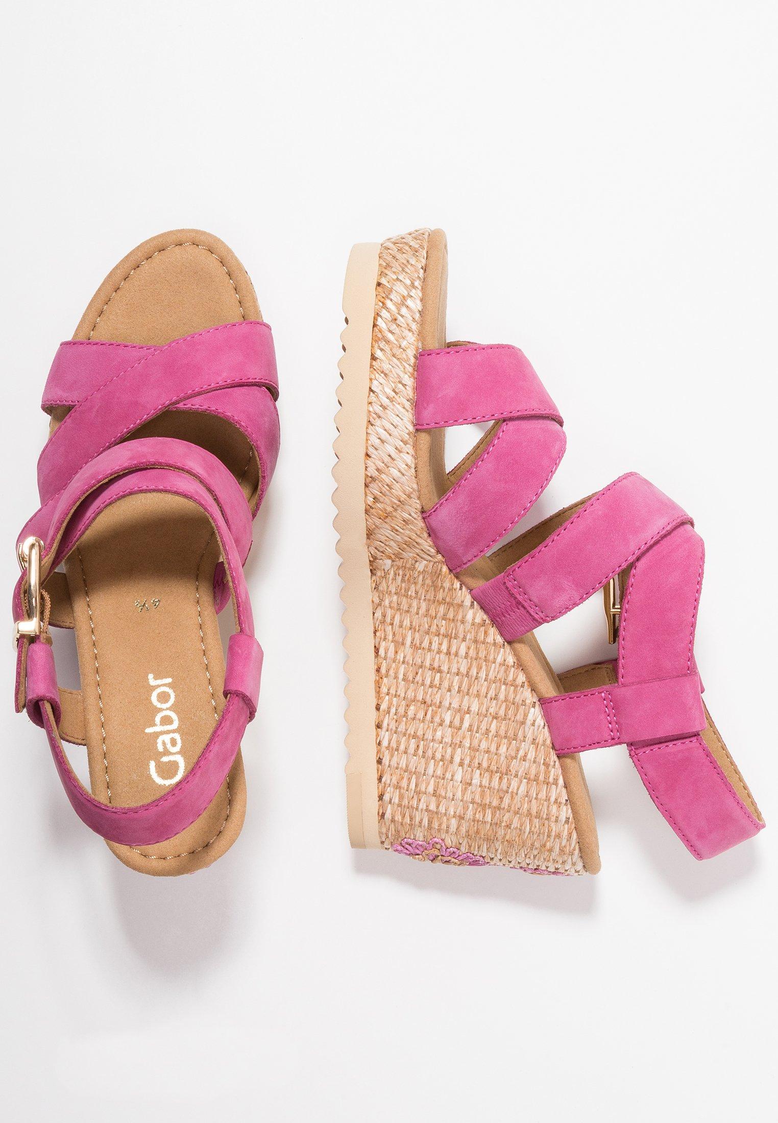 High heeled sandals pink