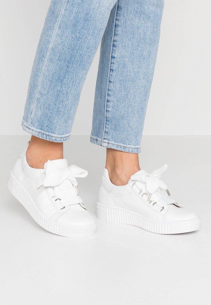 Gabor - Sneaker low - weiß/ice