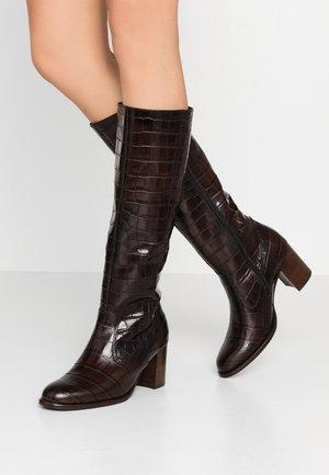 Høje støvler/ Støvler - dark brown