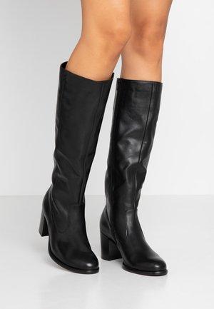 Stiefel - schwarz