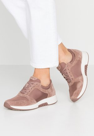 ROLLING SOFT - Trainers - dark rose
