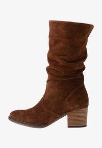 Gabor - WIDE FIT - Høje støvler/ Støvler - whiskey - 1