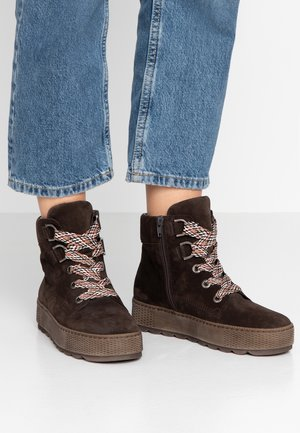 WIDE FIT - Ankle boots - brown