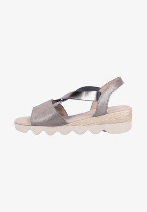 Sandalen met sleehak - grey