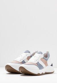 Gabor - Sneakers laag - weiß/pastell - 4