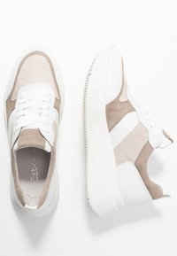 Gabor - Sneakers laag - vanille/visone - 3