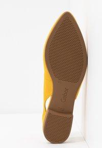 Gabor - Slingback ballet pumps - sun - 6