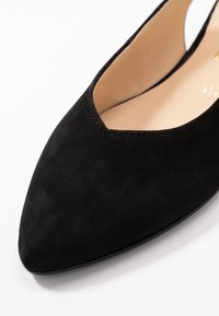 Gabor - Slingback ballet pumps - schwarz - 2