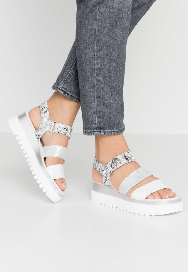 Sandalen met plateauzool - weiß/argento