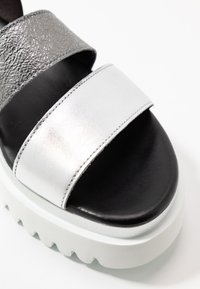 Gabor - Platform sandals - silber/stone/schwarz - 2