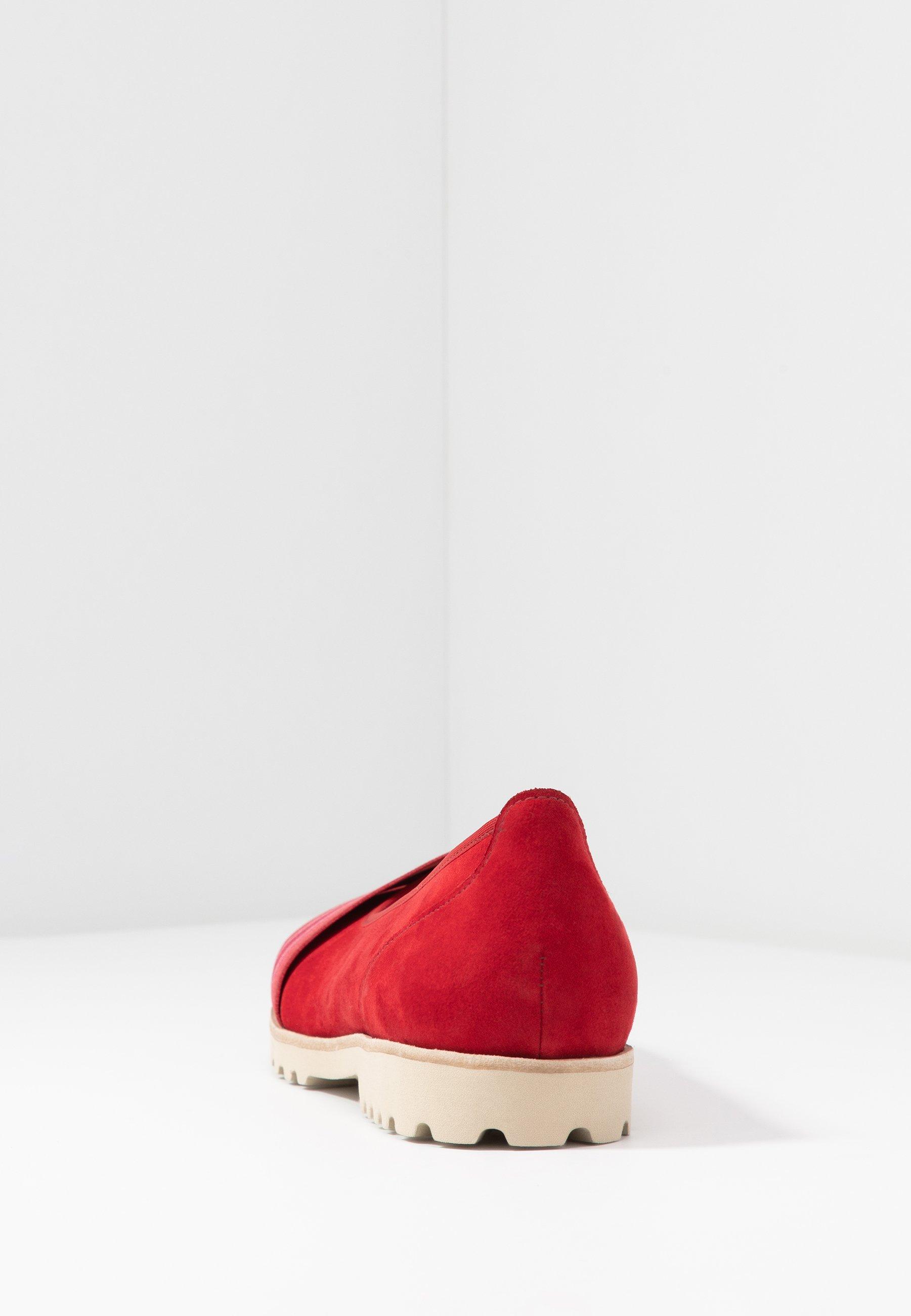 Gabor Ballet Pumps - Cherry