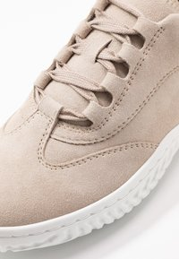 Gabor - Sneakers laag - platino - 2