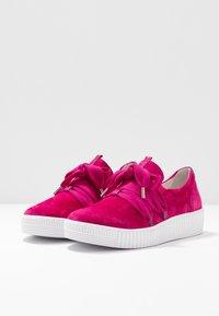 Gabor - Sneakersy niskie - fuxia - 4