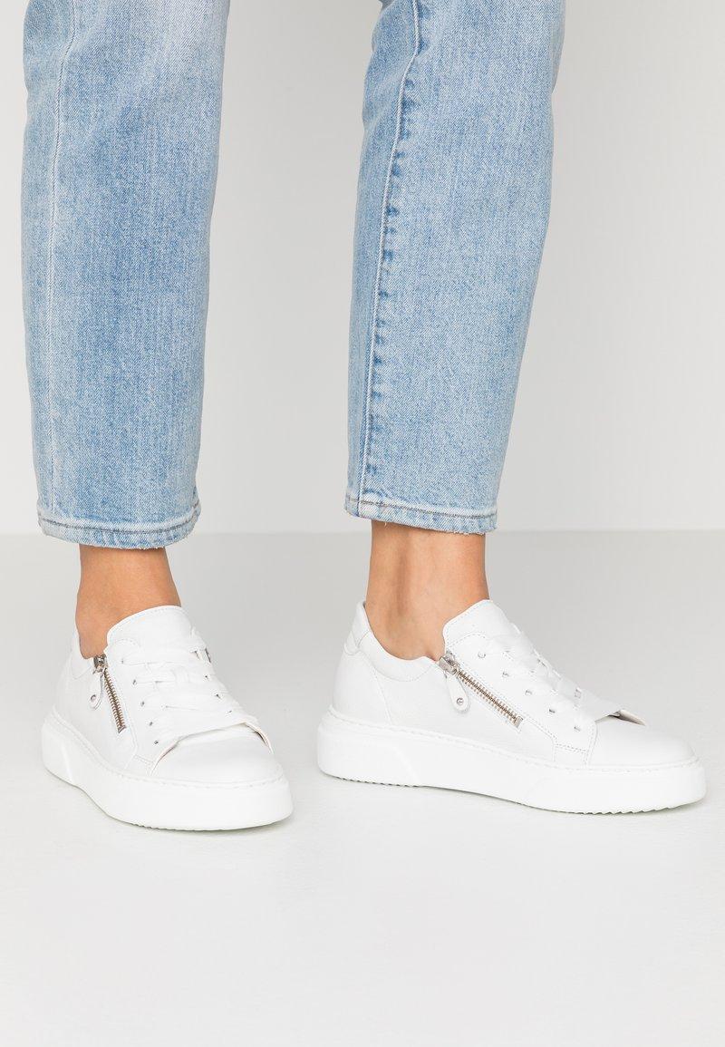 Gabor - Sneakers - weiß