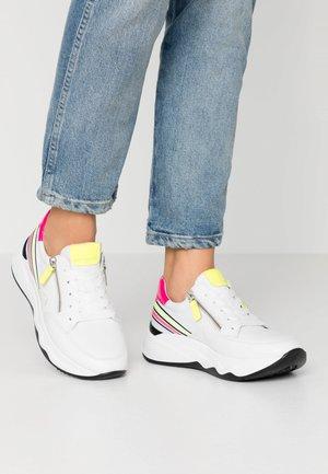 Sneakers laag - weiss/neon