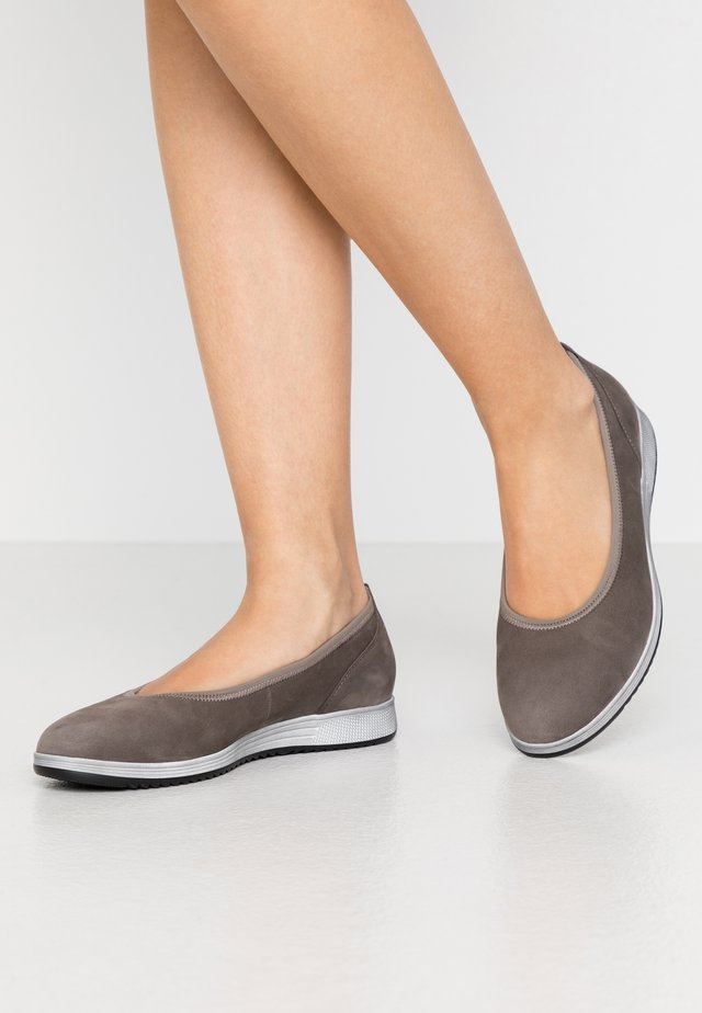Ballet pumps - wallaby