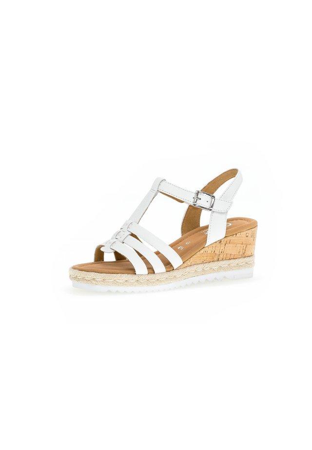 Sandály na klínu - weiß