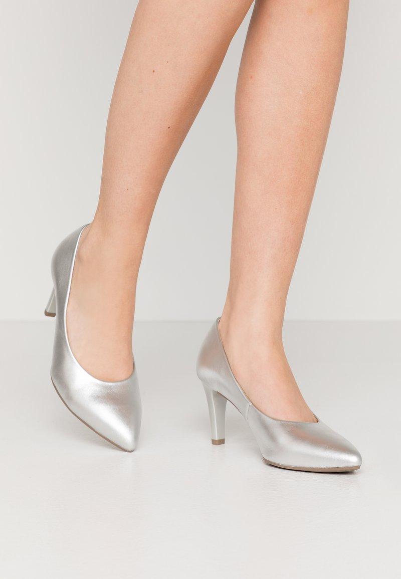 Gabor - Classic heels - silber