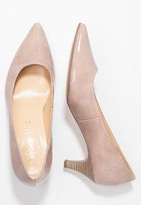 Gabor - Classic heels - antikrosa - 3