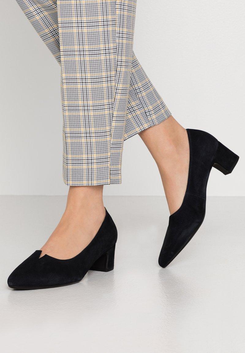 Gabor - Classic heels - pazifik