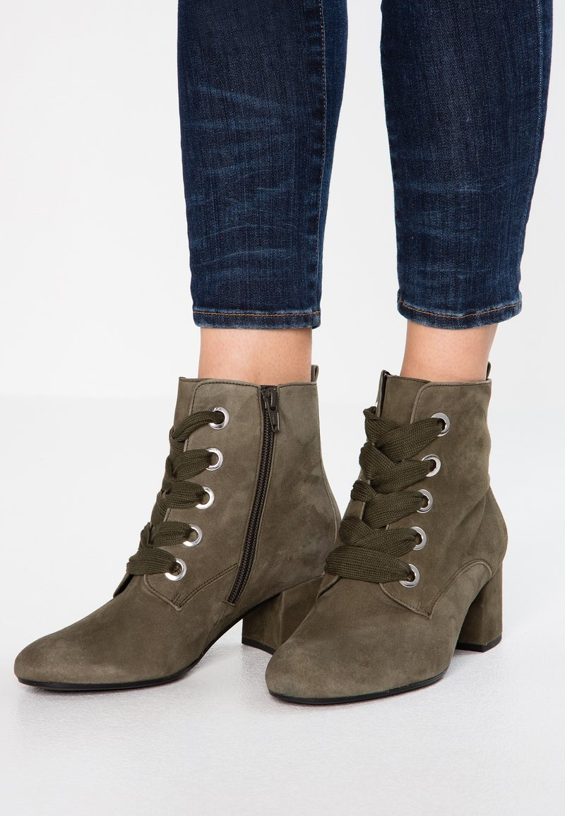 Gabor - Ankle Boot - oliv