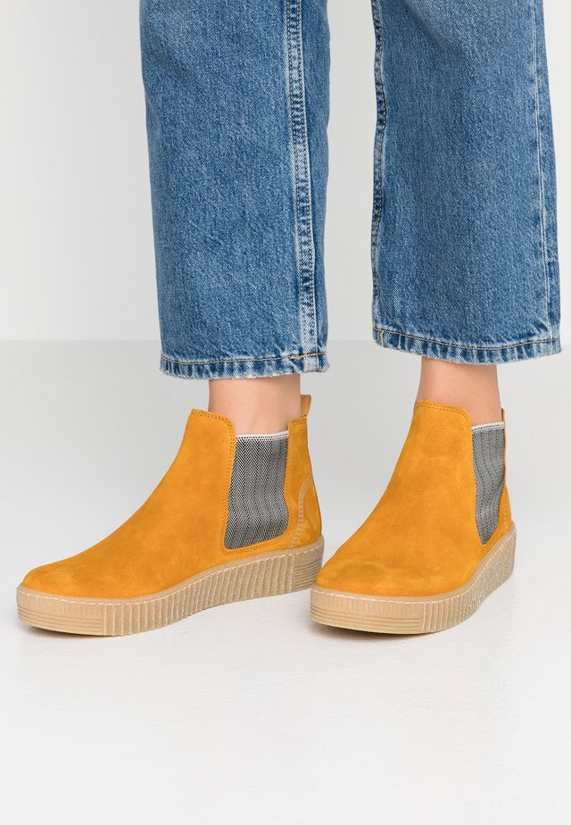 Ankle boots - herbst/beige