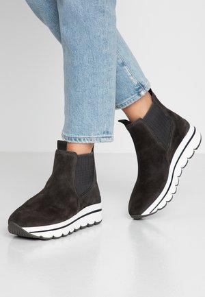 Kotníková obuv - pepper