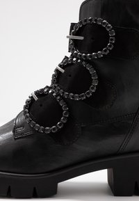 Gabor - Lace-up ankle boots - schwarz - 2